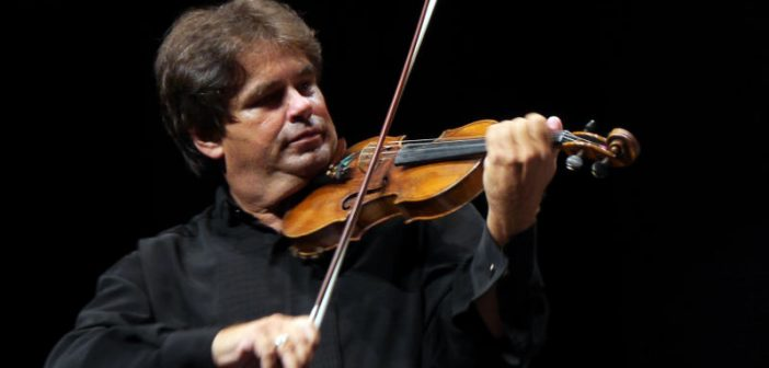 Concertul pentru vioară și orchestră de BRAHMS, interpretat de GABRIEL CROITORU pe vioara lui George Enescu